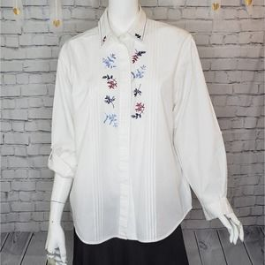 Napa Valley White Embroidered Button Down M